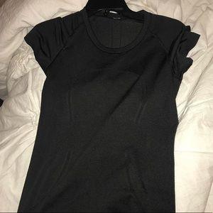 Black lululemon top